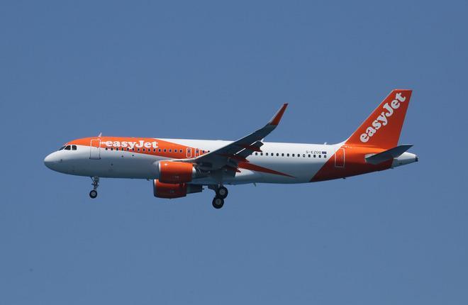 Самолет A320 авиакомпании EasyJet