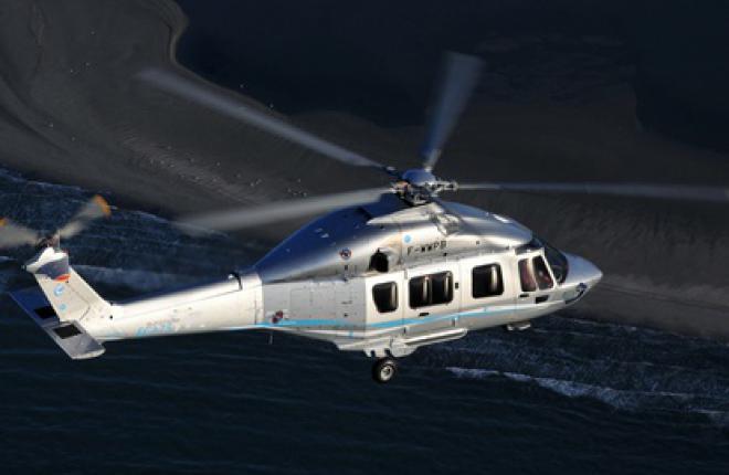 Eurocopter готовит три модификации вертолета EC175