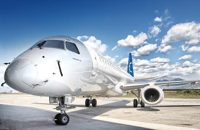 самолет Embraer E195