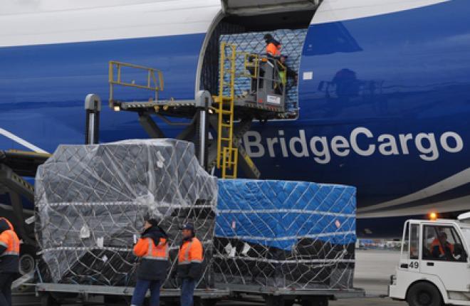 Аэропорт Емельяново протестировал хабовую модель обслуживания грузовых рейсов