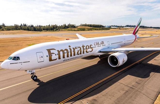 Самолет B-777-300ER авиакомпании Emirates