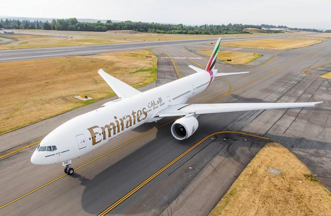 самолет Boeing 777-300ER авиакомпании Emirates