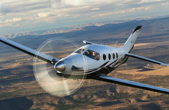 самолет Epic 1000