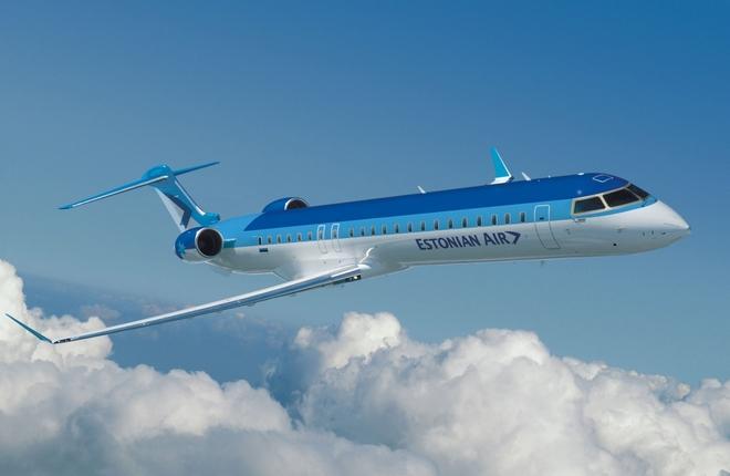 самолет Bombardier CRJ700 эстонской авиакомпании Estonian Air