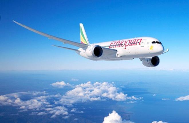 У Boeing 787 авиакомпании Ethiopian Airlines сломалась передняя стойка шасси