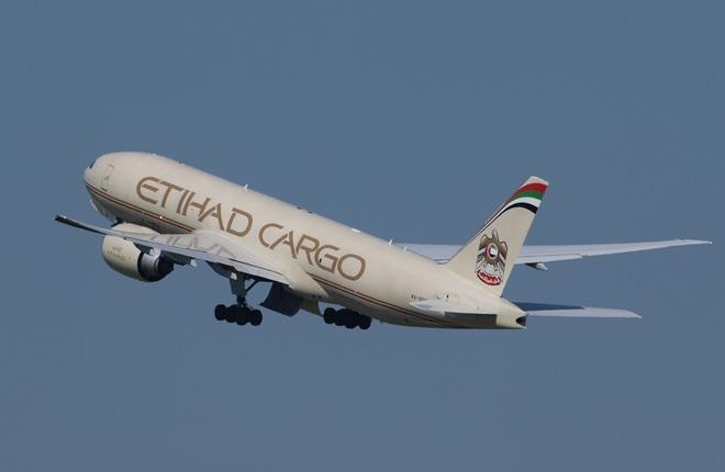 Etihad Airways продаст грузовые самолеты A330