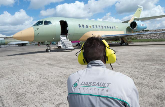 Самолет Dassault Falcon 5X