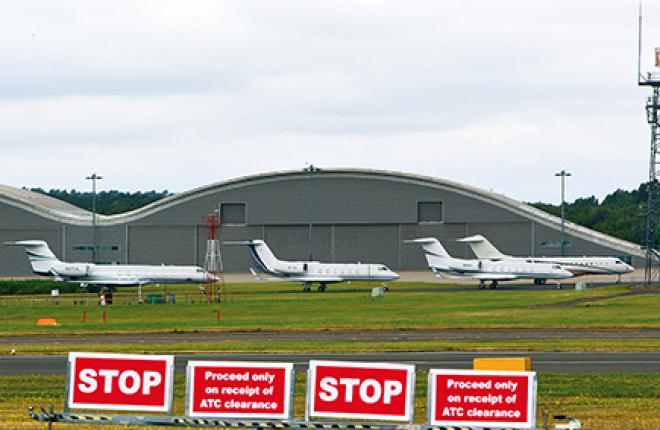 Полеты деловой авиации прекращаются на время проведения выставки