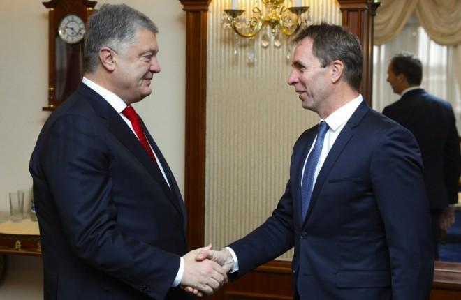 Главный исполнительный директор венгерского оператора Джозеф Варади встретился с президентом Украины Петром Порошенко