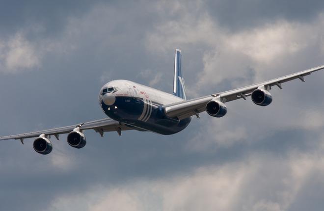 Самолет Ил-96-400Т