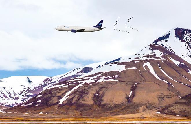 Самолет Boeing 737CL авиакомпании Bluebird Nordic