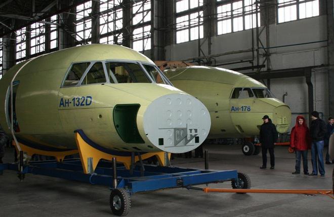 """""""Антонов"""" попросил на расширение производства самолетов 700 млн долларов"""