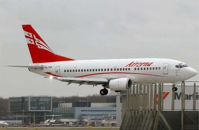"""Авиакомпания Georgian Airways пожаловалась на приход """"Победы"""" в Грузию"""