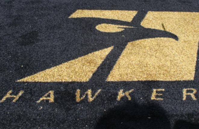 Самолетостроитель Hawker Beechcraft перестанет быть банкротом до конца 2012 года
