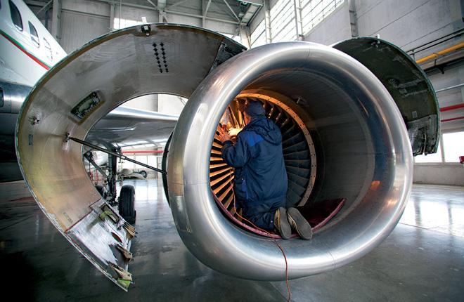 Выполнять сложные работы по двигателям в России пока невыгодно, и эта ситуация сохранится еще долго // Леонид ФАЕРБЕРГ / Transport-Photo.com