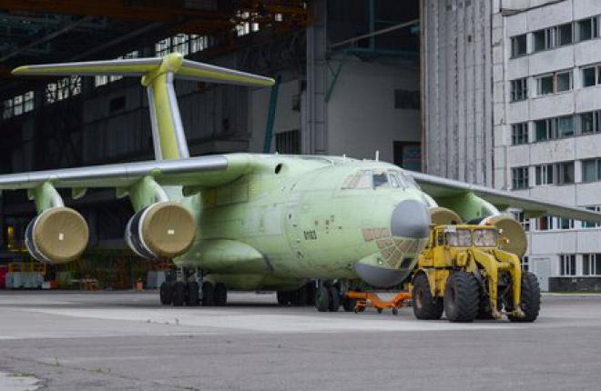 Первый серийный самолет Ил-76МД-90А выкатили в Ульяновске