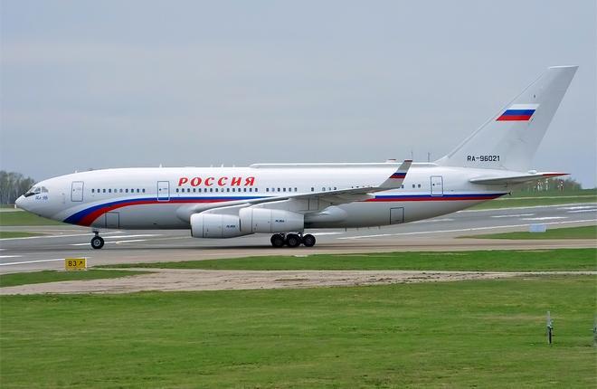 Самолет Ил-96-300ПУ