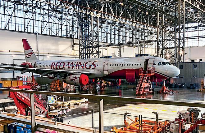 В новом ангаре новый заказчик — авиакомпанияRedWings