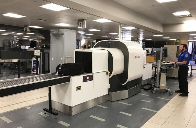 Проверку ручной клади авиапассажиров ускорят за счет томографов