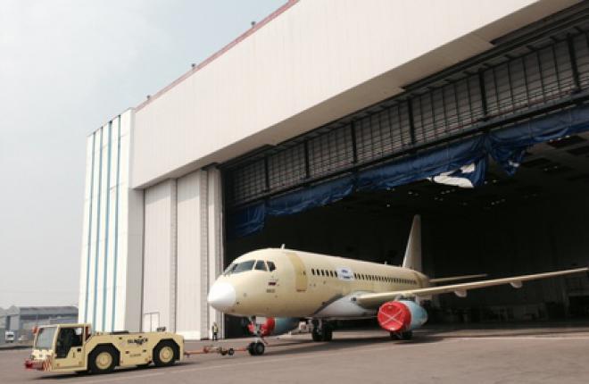 """Построен первый самолет SSJ100 для """"ЮТэйр"""""""