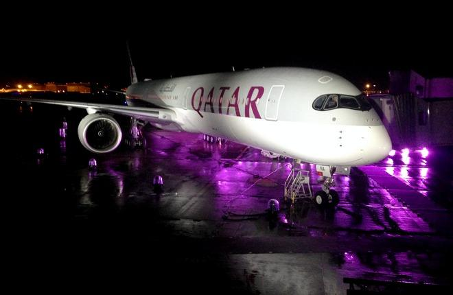 Самолет Airbus А350-1000 в ливрее авиакомпании Qatar Airways
