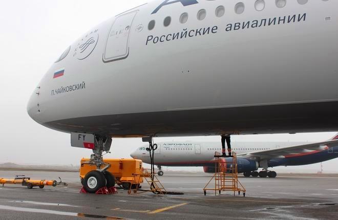 """Самолет A350 авиакомпании """"Аэрофлот"""" в аэропорту Шереметьево"""