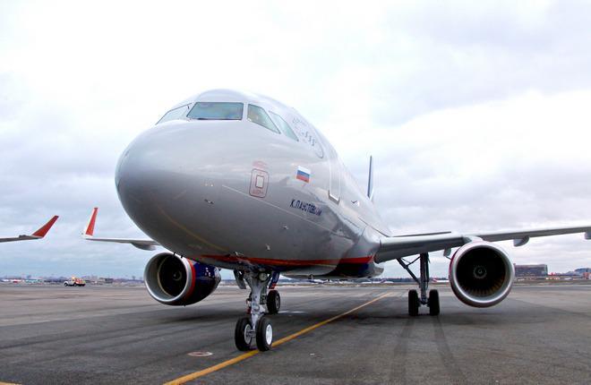 """""""Аэрофлот"""" получил по одному самолету Boeing 777 и Airbus A320"""