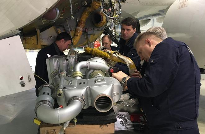 Установка российской УОВ на Superjet 100