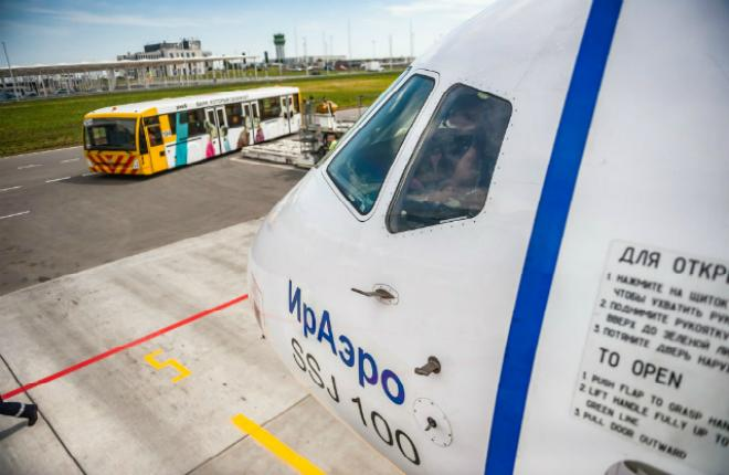 "Самолет SSJ 100 авиакомпании ""ИрАэро"""
