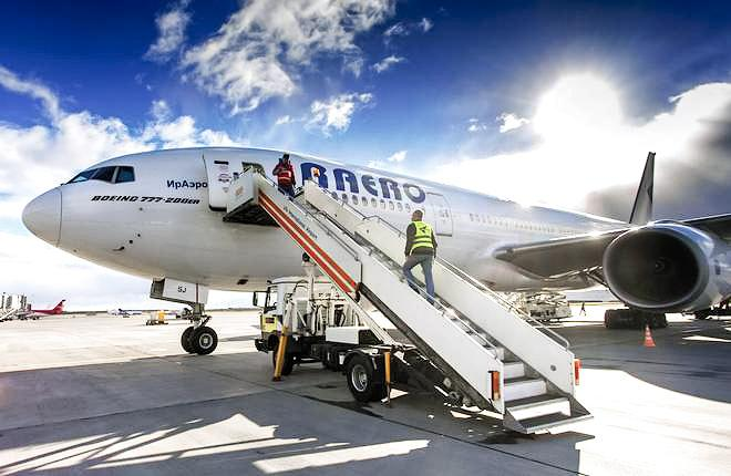 "Самолет Boeing 777 авиакомпании ""ИрАэро"""