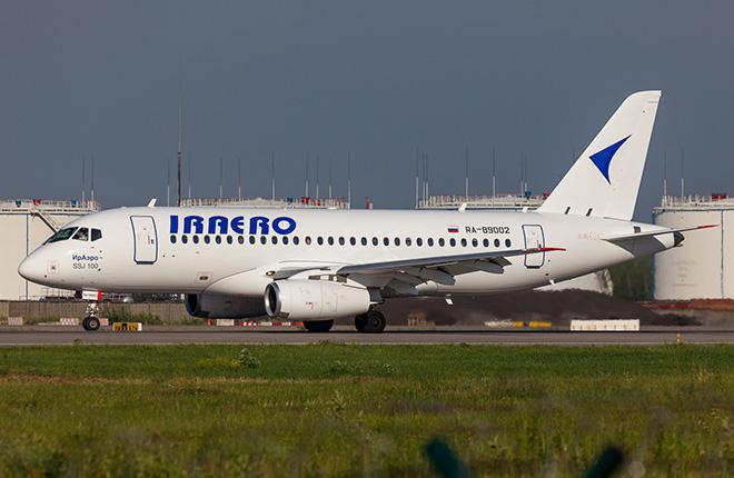 """Авиакомпания """"ИрАэро"""" приостановила полеты на SSJ 100"""