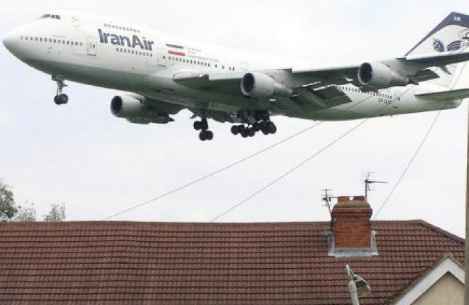 Иран выразил готовность купить за пять лет 300 самолетов Boeing и Airbus