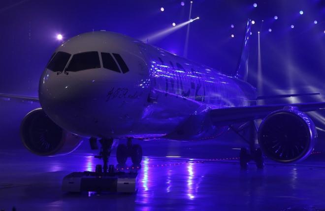 Летный прототип МС-21 поставили под ток