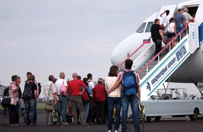 Аэропорт Иркутска ставит рекорд и получает разрешение на обслуживание самолетов