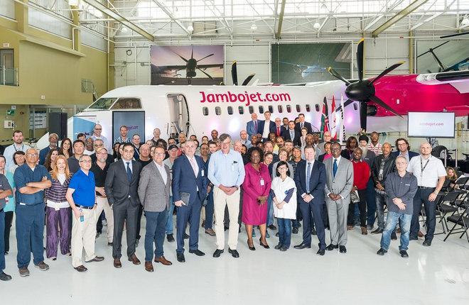Самолет Q400 авиакомпании Jambojet