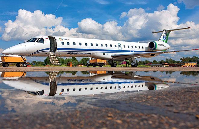 Самолет Embraer ERJ145LR авиакомпании «Комиавиатранс»