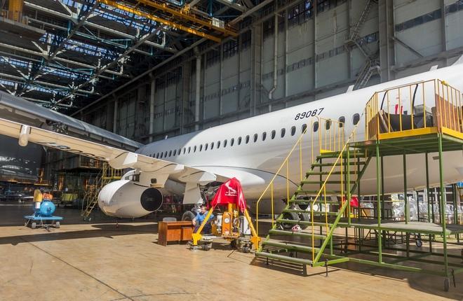 сервисный центр для российских региональных самолетов Superjet 100 в Комсомольске-на-Амуре