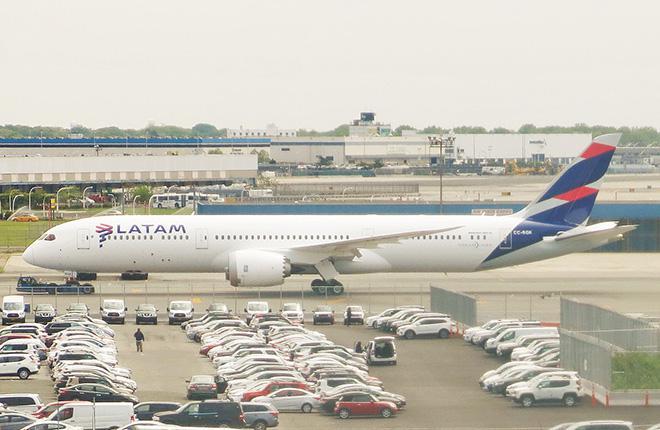 Qatar Airways станет акционером группы LATAM Airlines