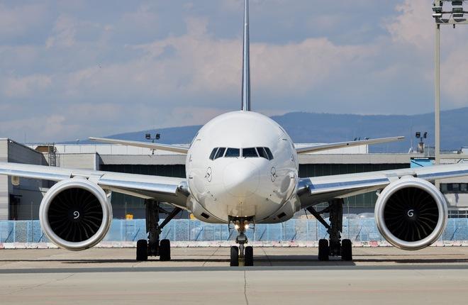 самолет Boeing 777 авиакомпании Lufthansa