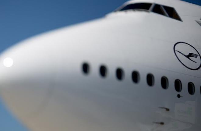 Группа Lufthansa за полгода заработала почти 1 млрд евро
