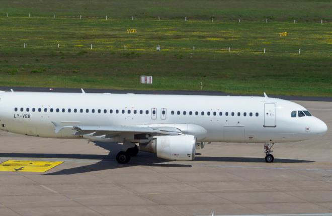 Самолет семейства Airbus A320 авиакомпании Avion Express