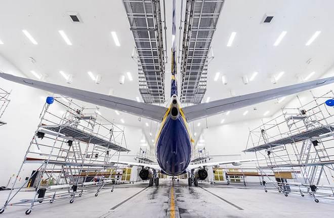 покрасочный центр компании MAAS Aviation в аэропорту Каунас