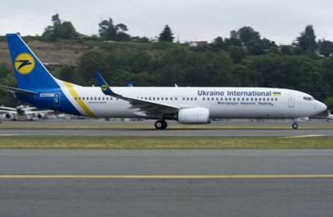 """Авиакомпания """"Международные авиалинии Украины"""" получила новый самолет Boeing 737"""
