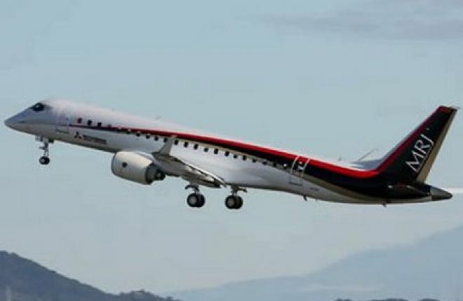 Японский региональный самолет MRJ совершил первый полет