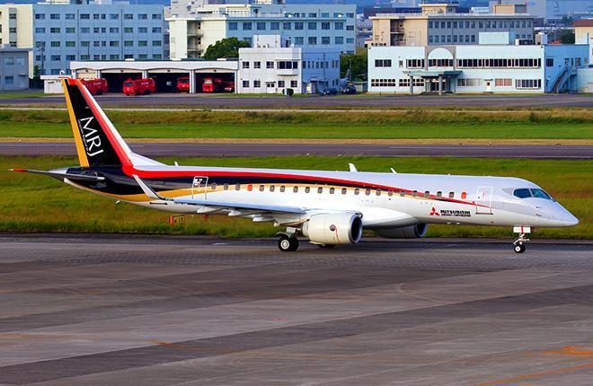 Первый летный прототип самолета Mitsubishi MRJ90