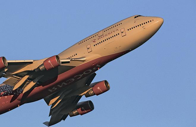 В 2017 г. авиакомпания «Россия» арендовала у MTU Maintenance два двигателя General Electric CF6-80