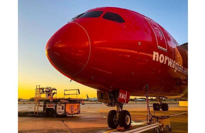 самолет 787 авиакомпании Norwegian