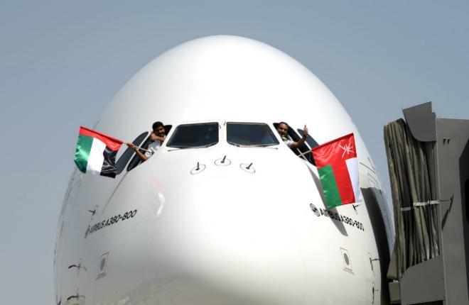 Emirates A380 Оман Дубай