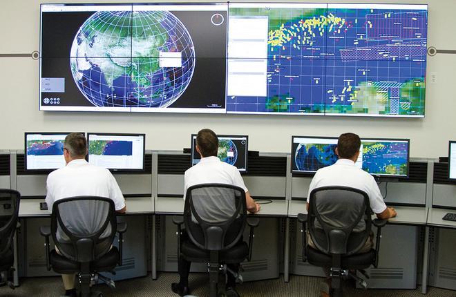 Диспетчерский пункт системы слежения за самолетами от компании McMurdo