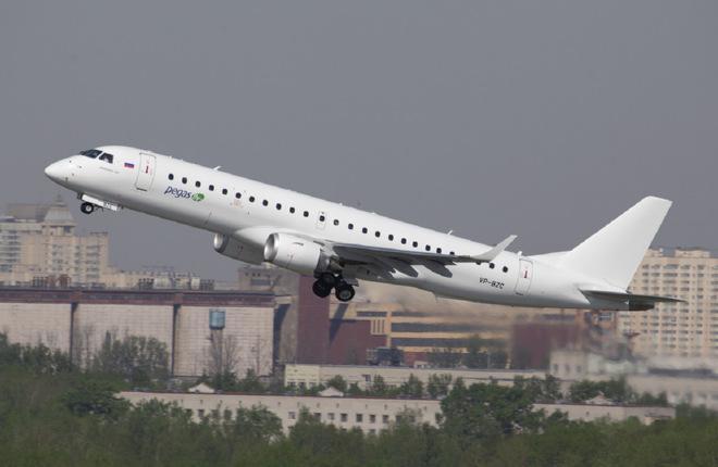 Российская авиакомпания Pegas Fly приступила к пассажирским рейсам на самолете Embraer E190